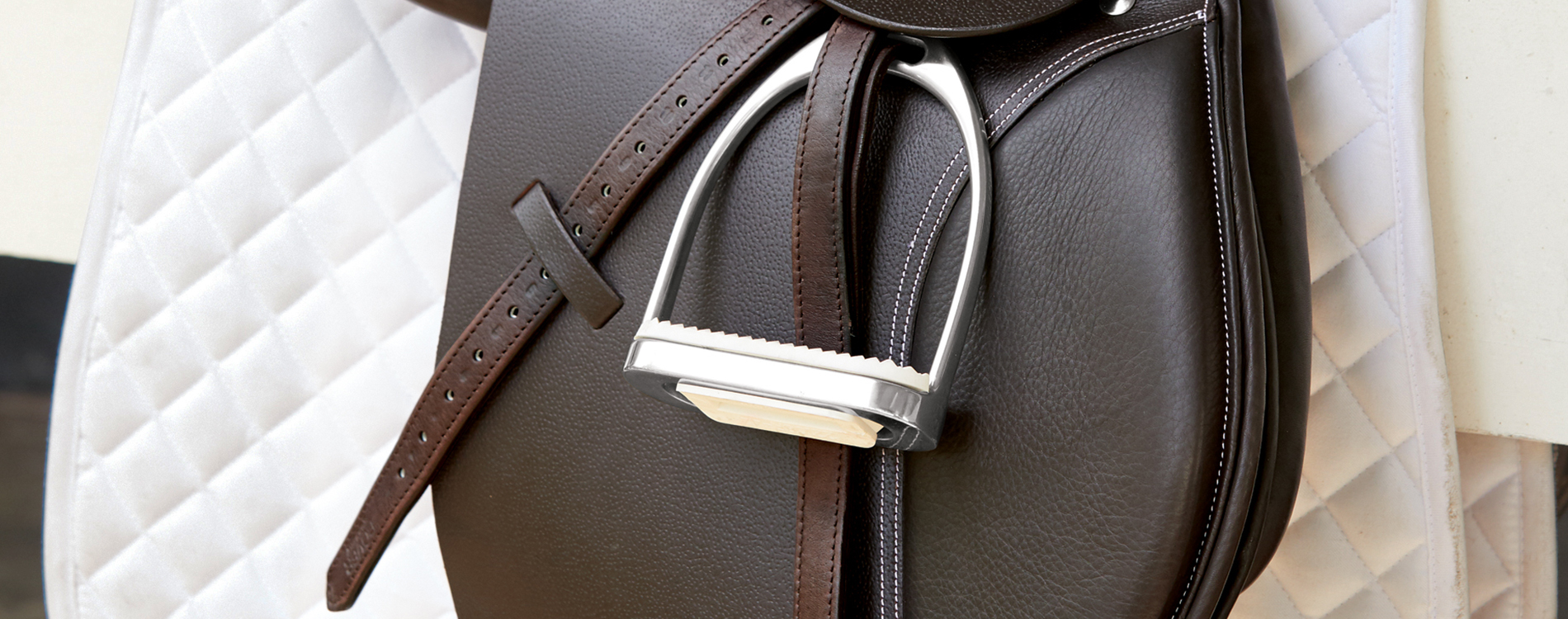 """CHILD/'S STIRRUP LEATHERS for ENGLISH Saddle  Brown 3//4/"""" X 48/"""" NEW"""