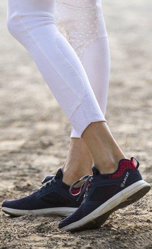 Shoes & Clogs Image