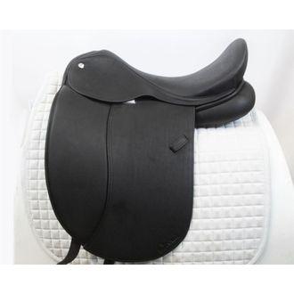 Almost New Circuit Premier DX Dressage Saddle