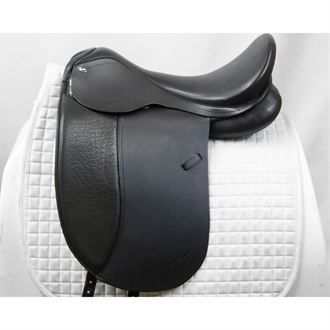 Almost NewCircuit® by Dover Saddlery® Premier Dressage Saddle