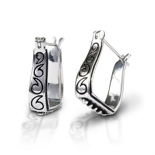 Kelly Herd Engraved Stirrup Earrings