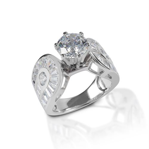 Kelly Herd Horseshoe Solitaire Ring
