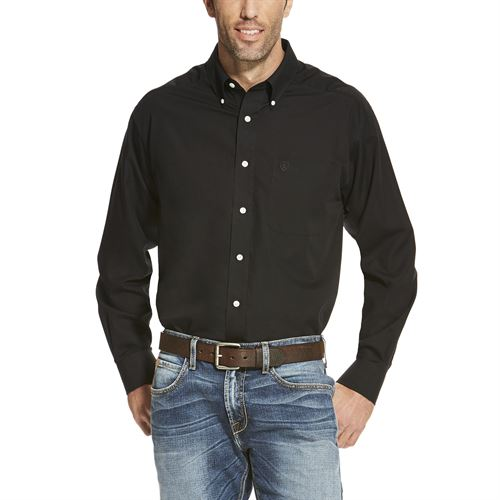Ariat® Men's Wrinkle-Free Solid Pinpoint Oxford Long Sleeve Classic Fit Shirt